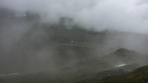 viel nebel wenig berg