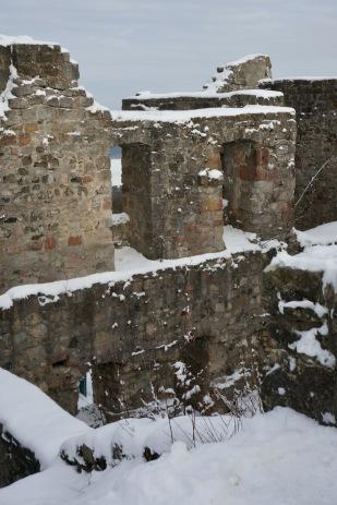 hauptbau-ruine-bramberg